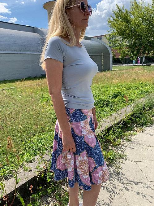 Tellerrock Sommerblume