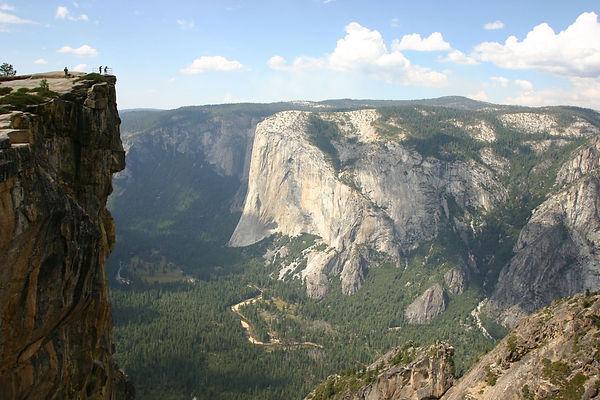 Photo-Yosemite-Taft-Point.jpg