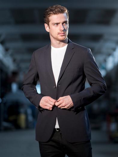 Lucas Mascarini - ph. Jon Malinowski (2)