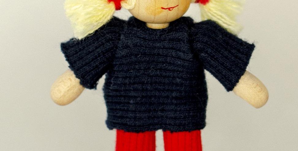 Puppenmädchen mit Hose
