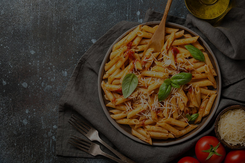 pasta-with-tomato-sauce-and-cheese-WNRD8A5_edited.jpg