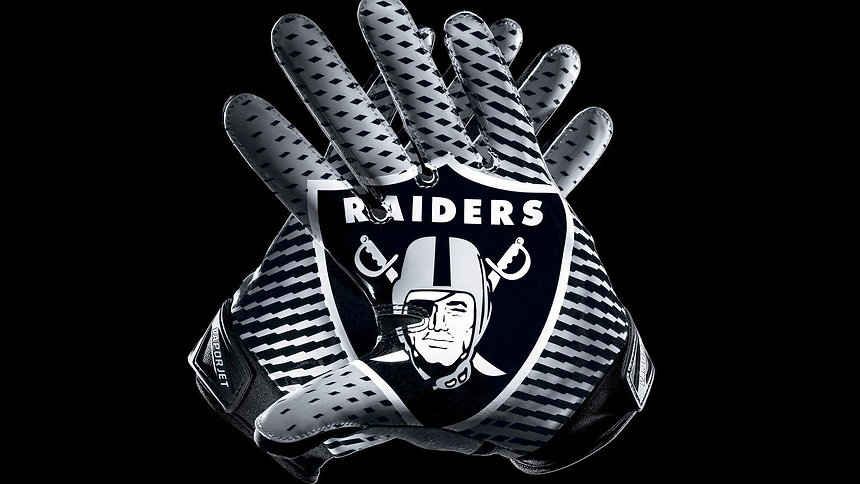 NFL_2012_Raiders_VaporJet2Glove_hd_1600.