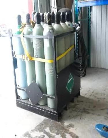 Cages de CO2 prêtes en cas d'urgence