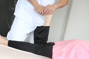 【トップページ4枚の写真のうちの1枚】足の調整 (3).JPG
