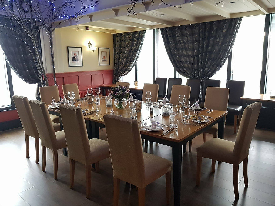 private dining table set up