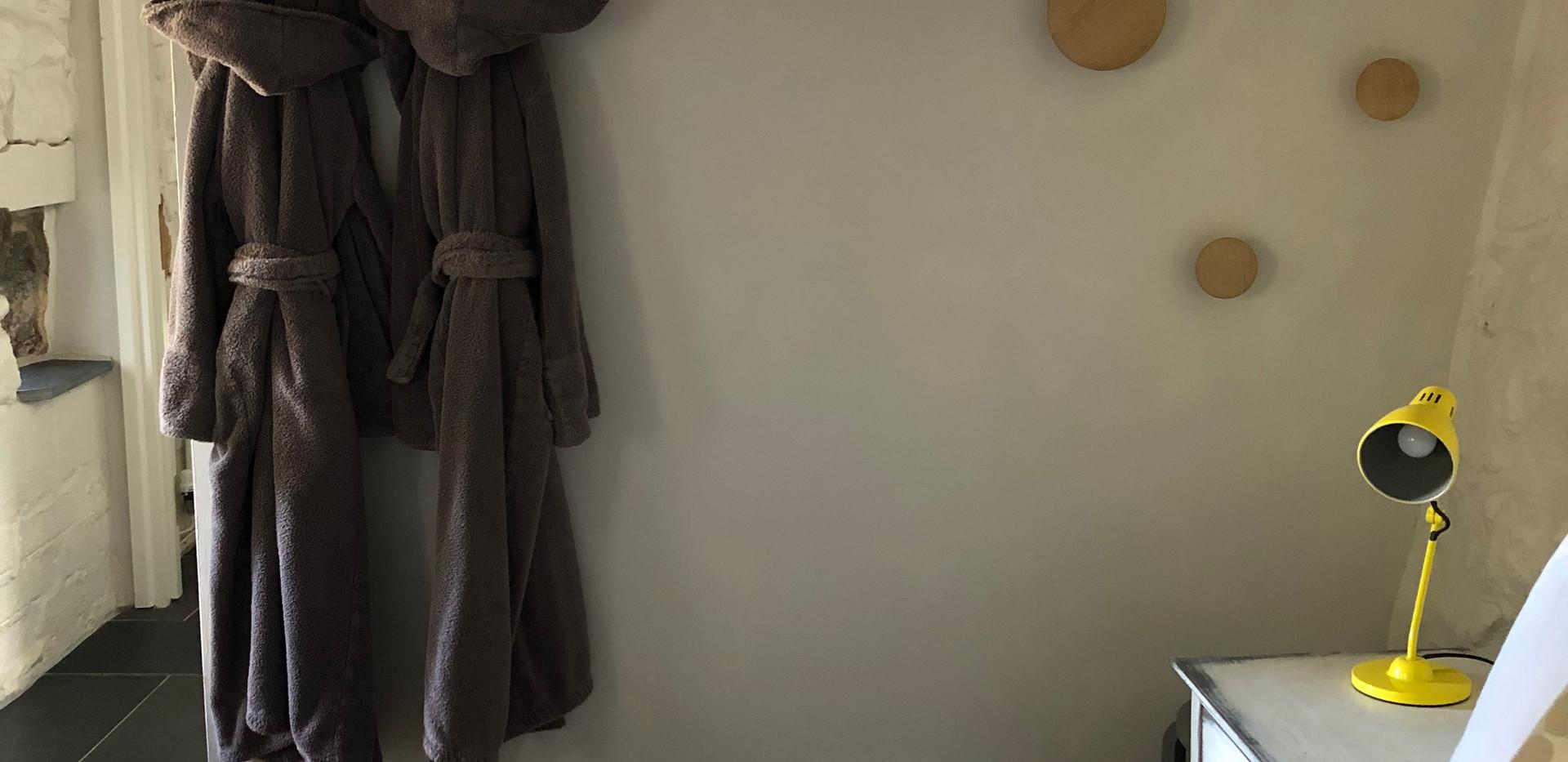 Open plan storage in bedroom