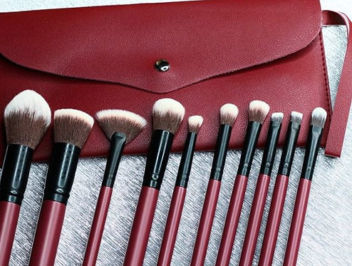 SYRAH BRUSH SET WITH WRISTLET POUCH❣