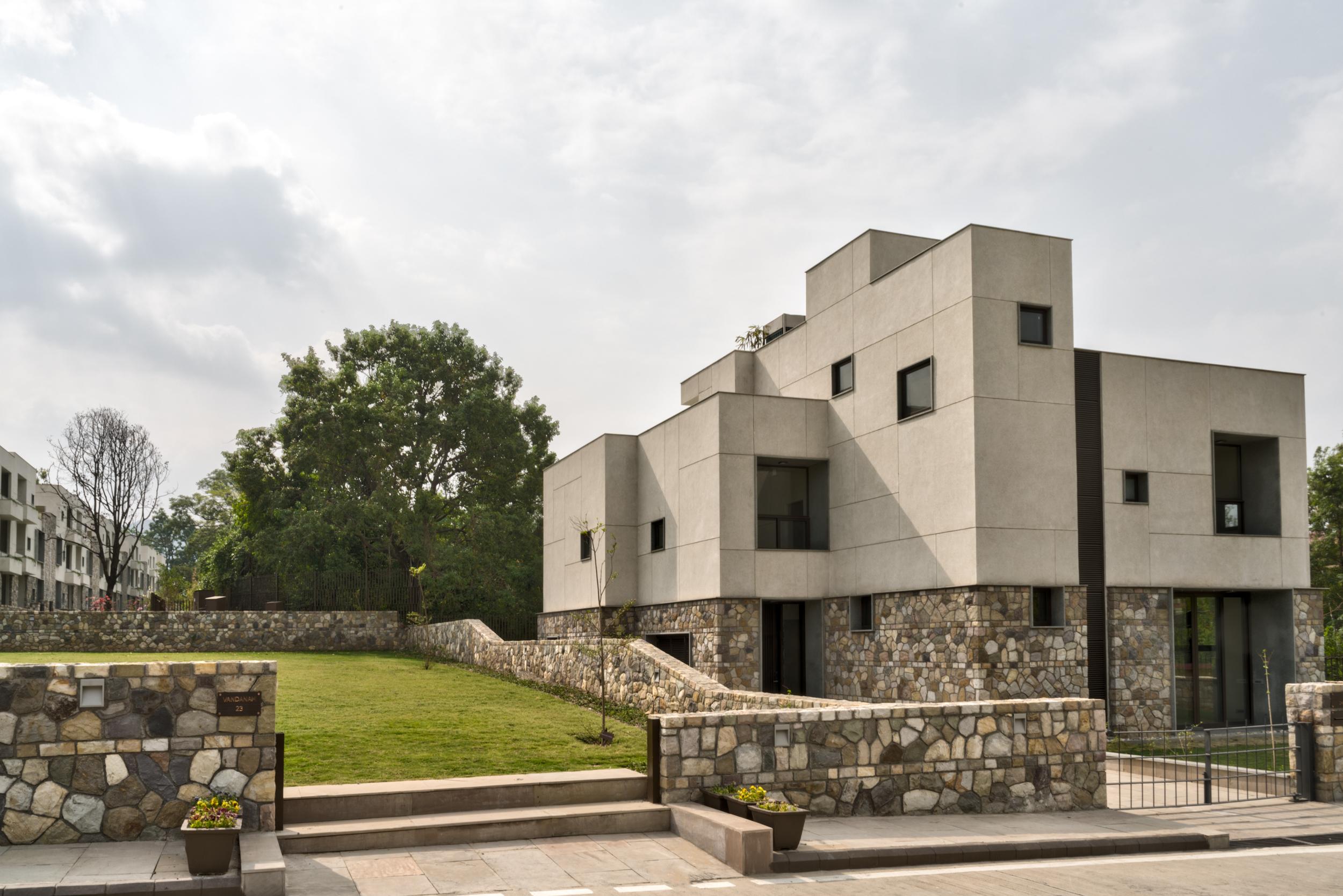 222 Rajpur - Max Estates