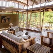 Ini's Tropical home