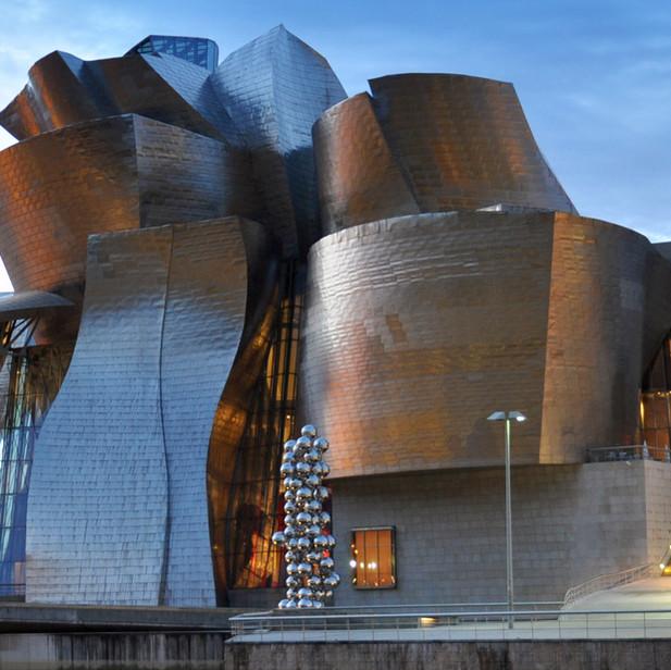 El Museo Guggenheim Bilbao, España