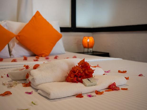 Room 4 Bedroom - P1007436.jpg
