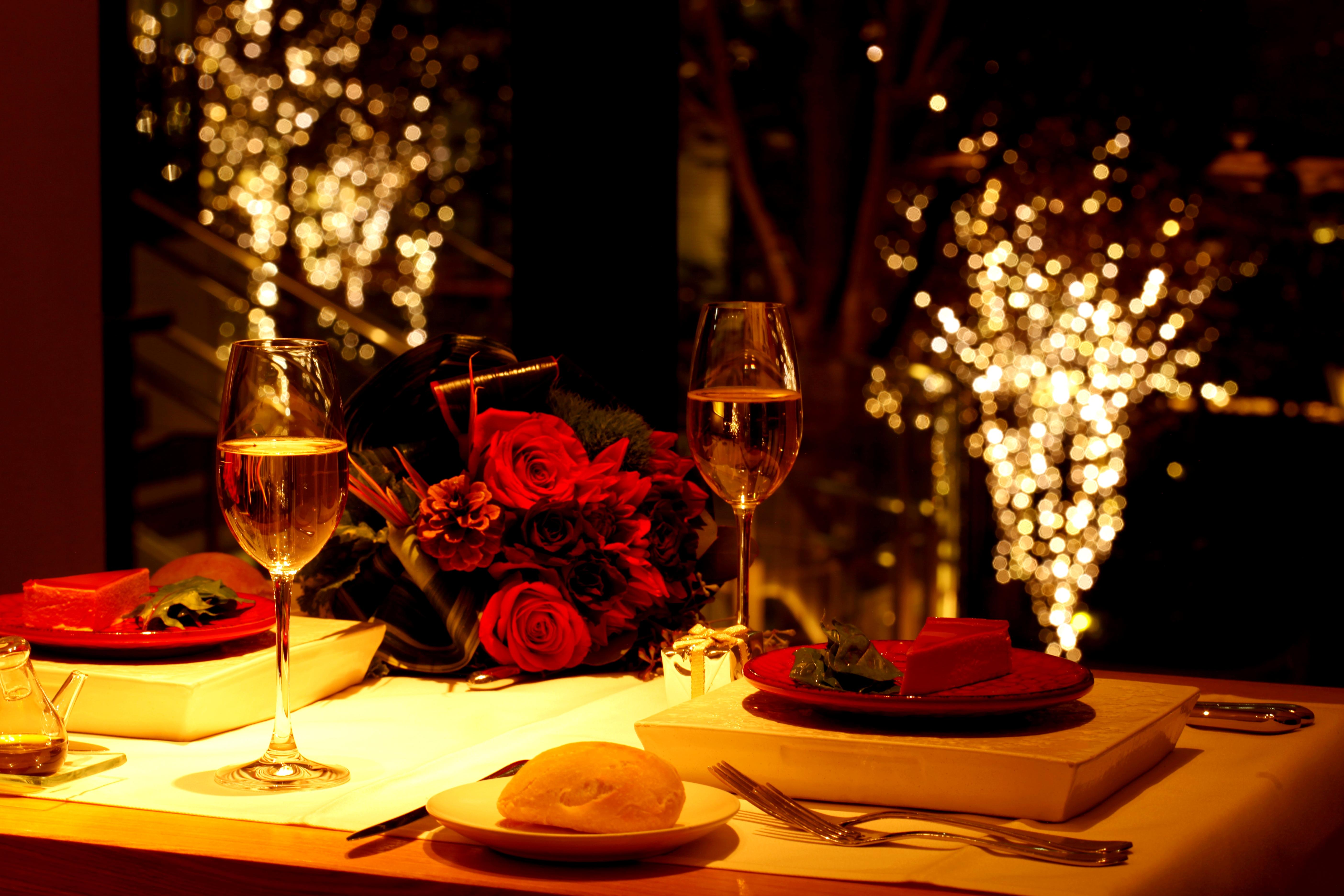 cena_romantica_vino_México