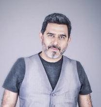 José ángel Domínguez. Actor en Entre piernas varietales y copas. Teatro y Vino.
