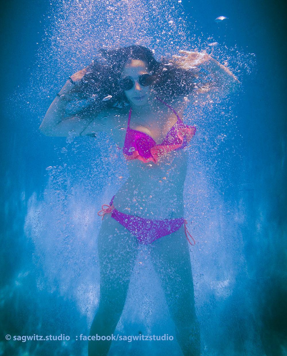 reb_underwater.jpg