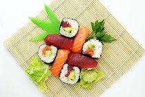 sushi-373588_640.jpg