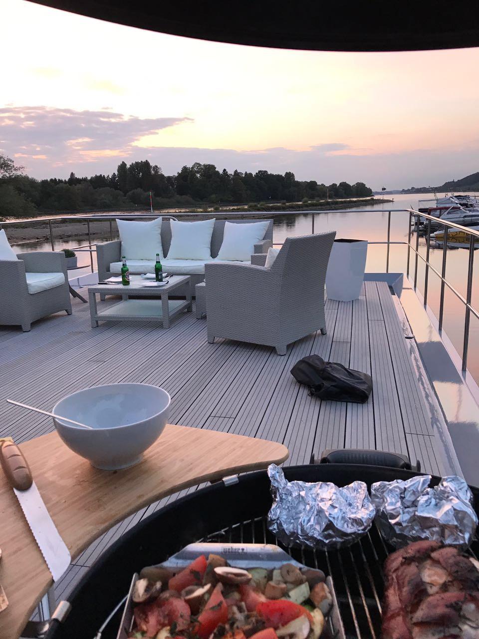 Dachterrasse auf dem Hausboot