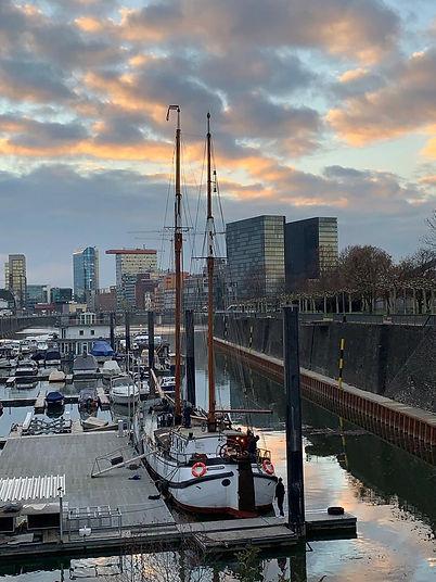 Voorwaarts - Eventschiff Medienhafen