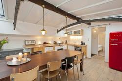 Küchenbereich Lux Barge