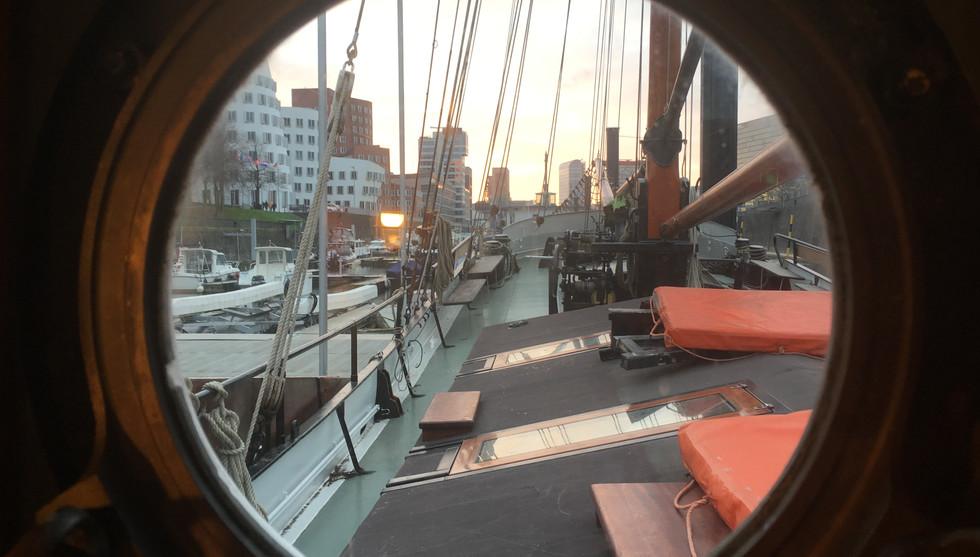 Eventschiff Medienhafen