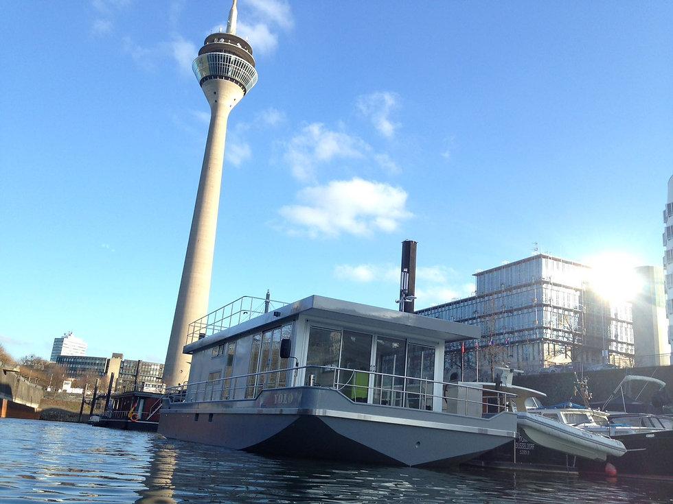 Marina Düsseldorf Hausboot Liegeplätze