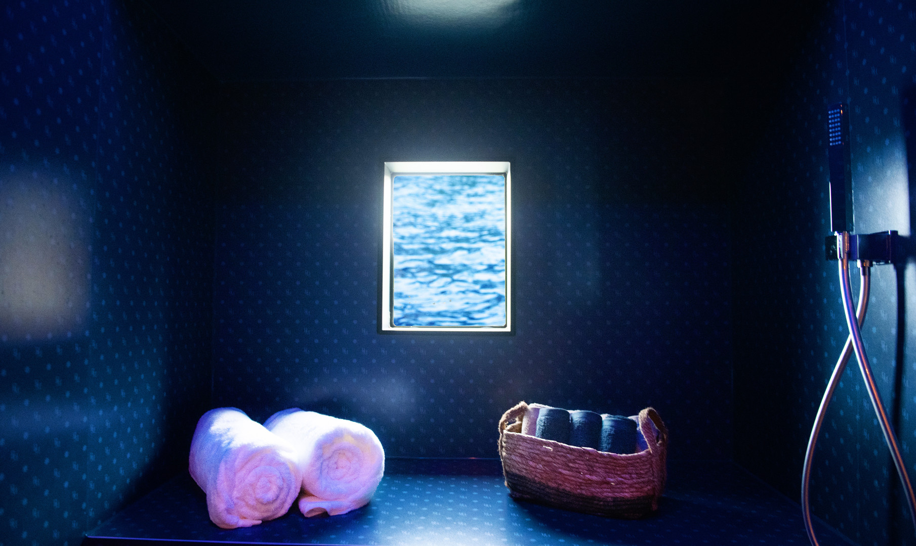 Cruising Home Hausboot - Blue Motion