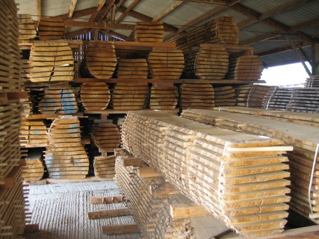 TIMBER-SAWN-TIMBER-AND-TEAK-LOGS-