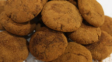 NYE Recipe: Raw Honey Sweetened Vanilla Maca Cookies
