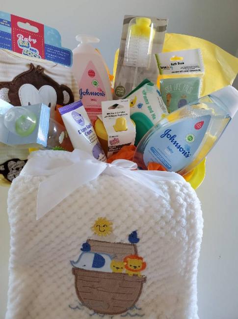 Deluxe Baby Shower Gift Basket