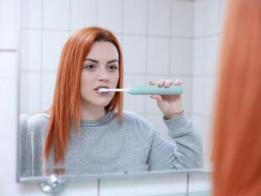 歯ブラシを超えた!最新のオーラルケアマシンが凄すぎる!