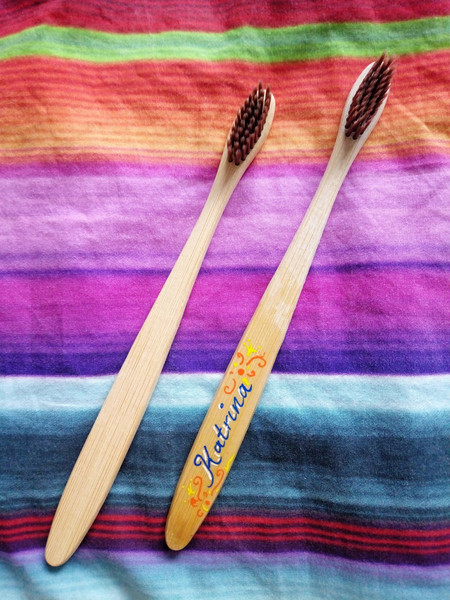 Plain or Personalised Bamboo Toothbrush