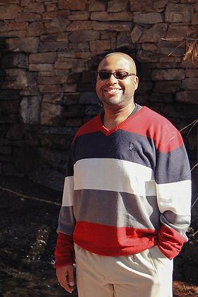 Pastor Shephen Lee Lyons.jpg