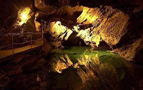 Drachenhöhle.jpg