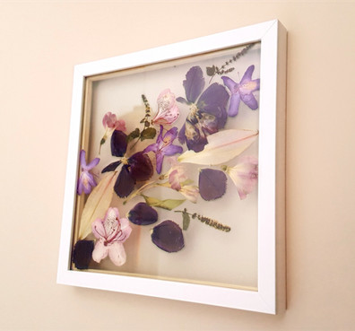 Small matt white frame (30cm x 30cm)