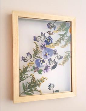Medium wood frame (30 x 40cm)