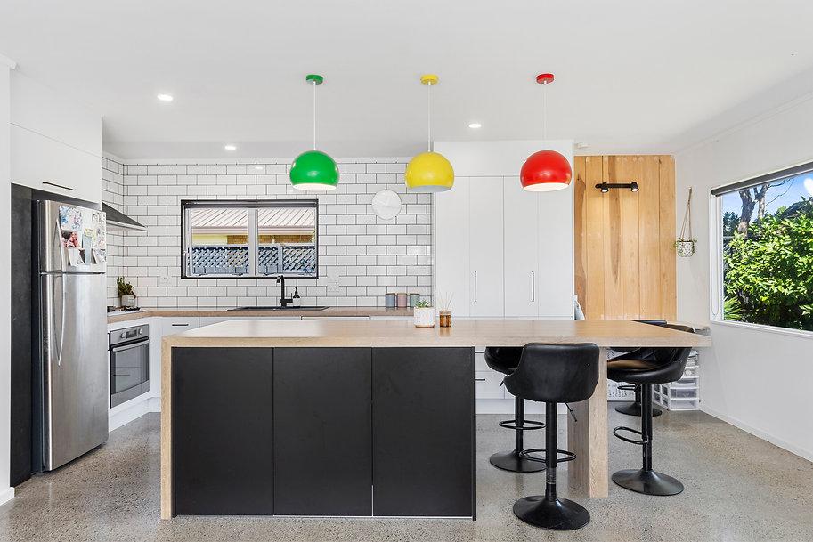 Papamoa_Beach new kitchen 2.jpg