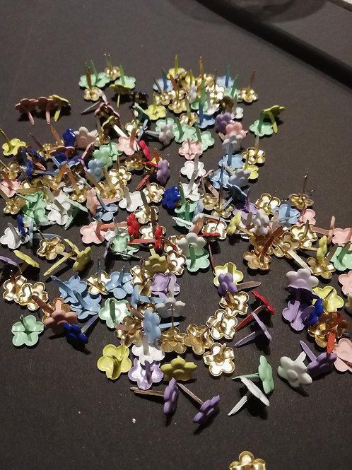 Lot de 30 Attaches parisiennes fleurs