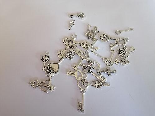 Lot de 10  petites clefs ( lot aléatoire )