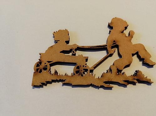 embellissement bois 2 mm enfants qui joue  6 x 8 cm