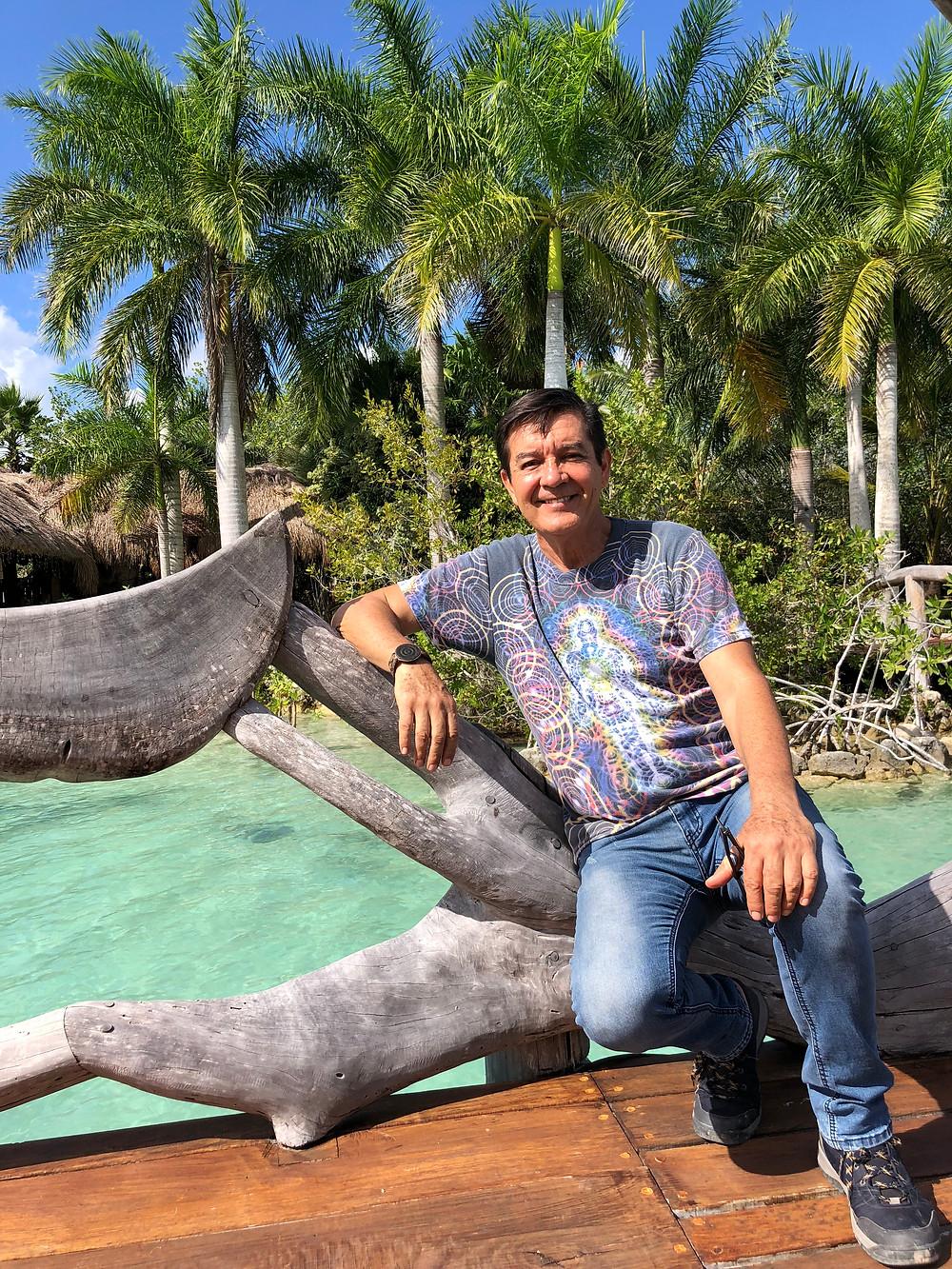 Arturo Arroyo dueno de Akalki, Bacalar, Mexique