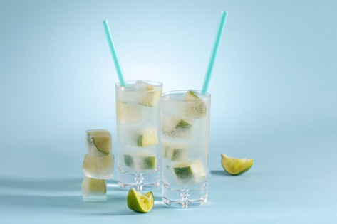 Gin and Tonic with Smoky Ice Cubes