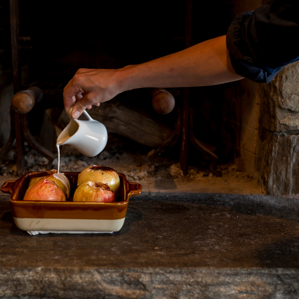 Brown Sugar and Butter Apples with Spice and Cold Cream
