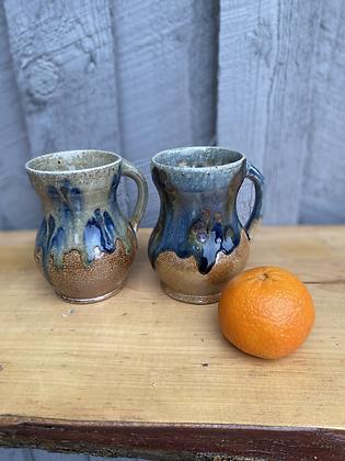 Pair of Mugs 2 (etr)