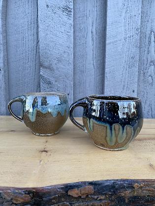 Pair of Mugs 13 (etr)