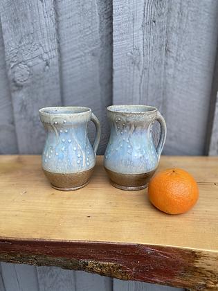 Pair of Mugs 1 (etr)