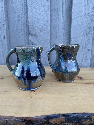 Pair of Mugs 10 (etr)