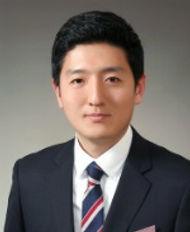 Park Jun Geol.jpg