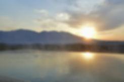 浅間山を一望できる自慢の露天風呂