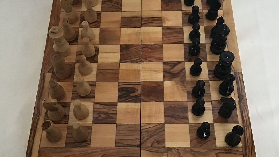 Plain 15.75in Chess