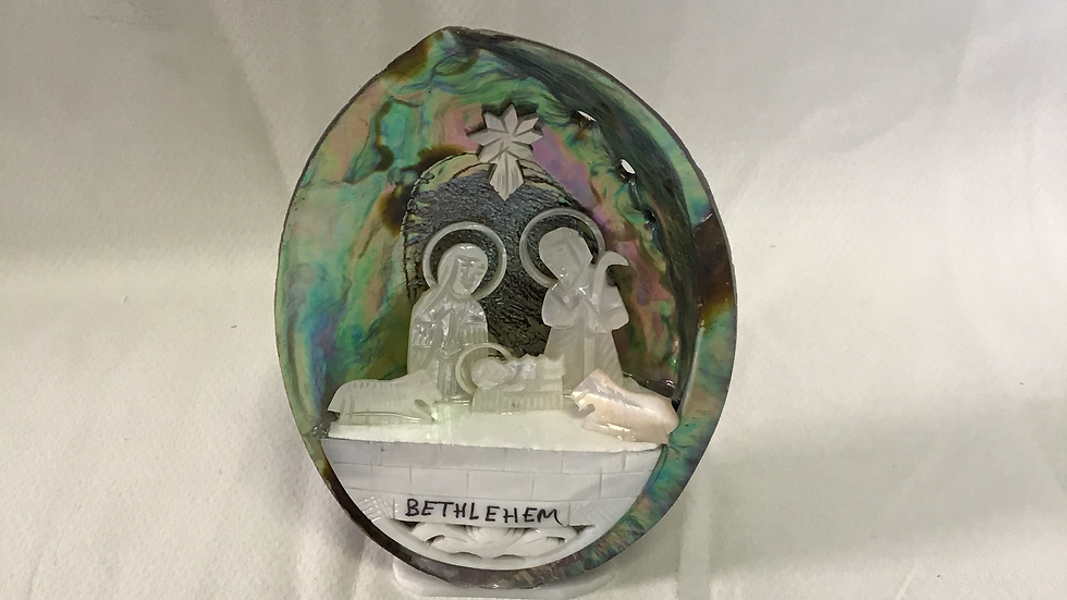 Mother of Pearl Nativity Shell