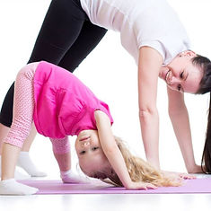 mummy and me yogA 2.jpg